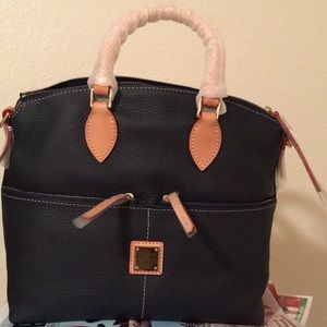 Dooney&Bourke pocket satchel